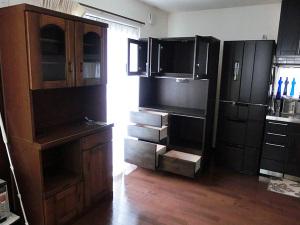 新旧食器棚